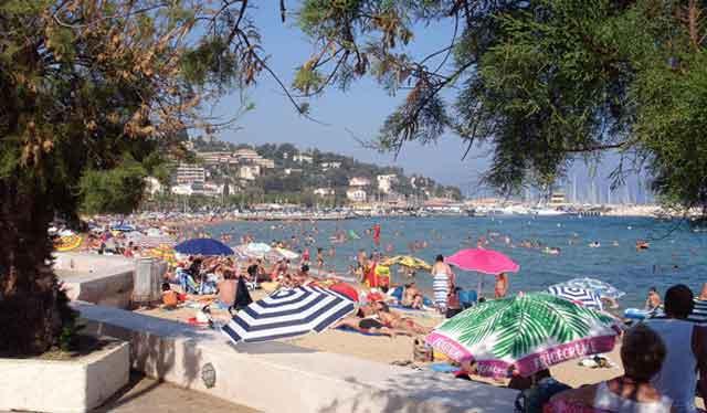 Le Lavandou central great beach